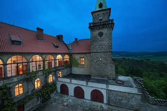 EA Chateau Hotel Hruba Skala**** - night view